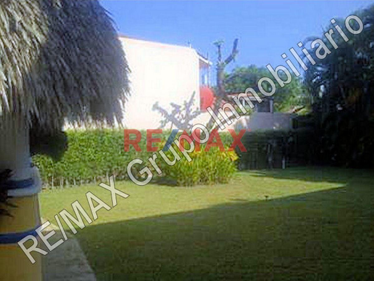 Remax real estate, Guatemala, Puerto San Jose, Casa de Playa en Venta Km. 4.5 Carr. a Chulamar, Puerto de San José