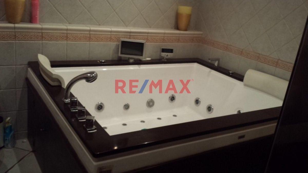 Remax real estate, Guatemala, Zona 16, Z.16 Casa en Venta Cond. Hacienda Real