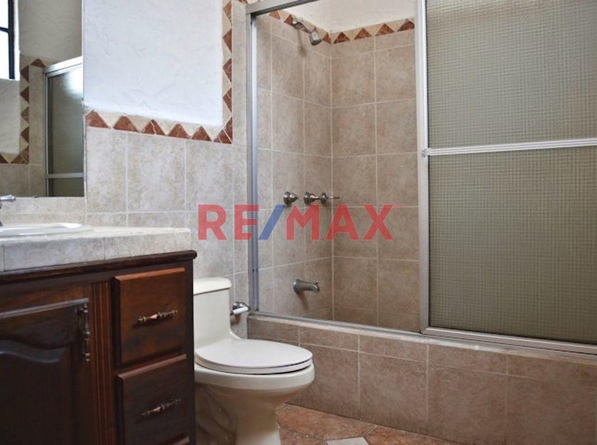 Remax real estate, Guatemala, Zona 11, Z.11 Casa en Venta Cond. Las Majaditas