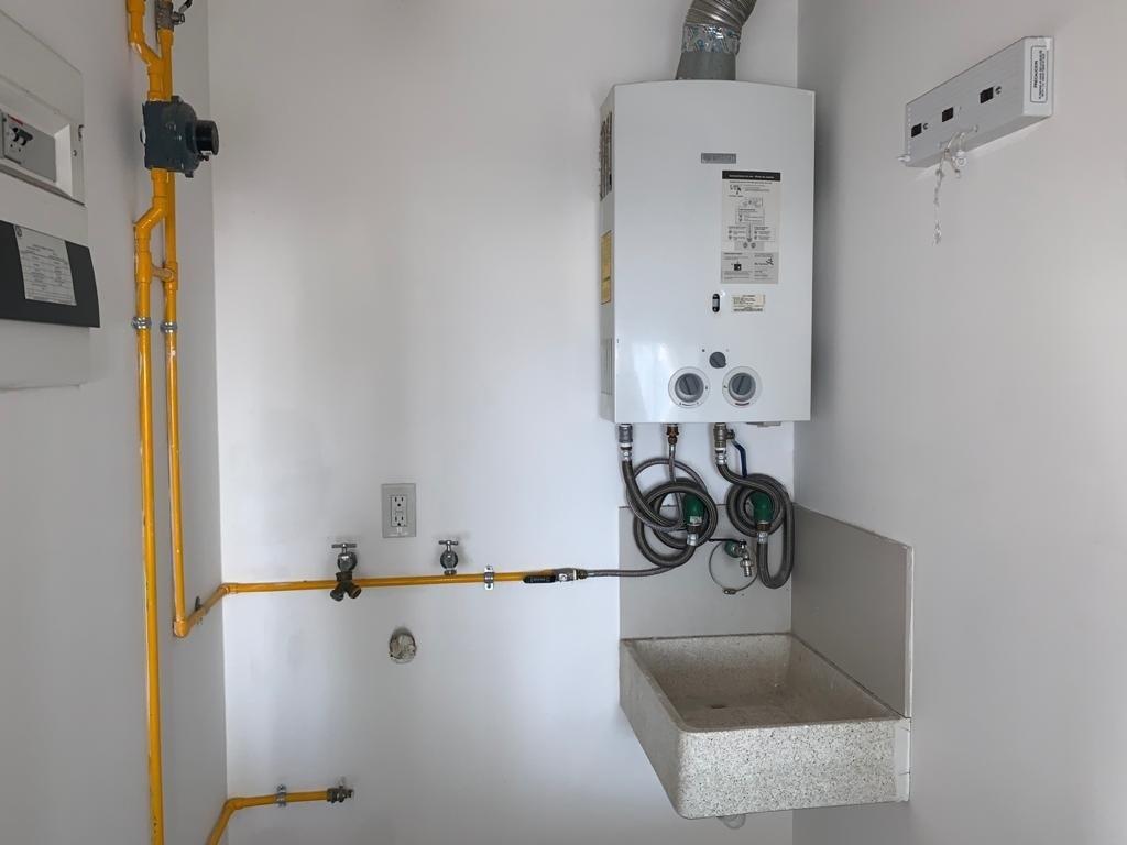 4 de 8: Muy útil y discreto cuarto de lavado