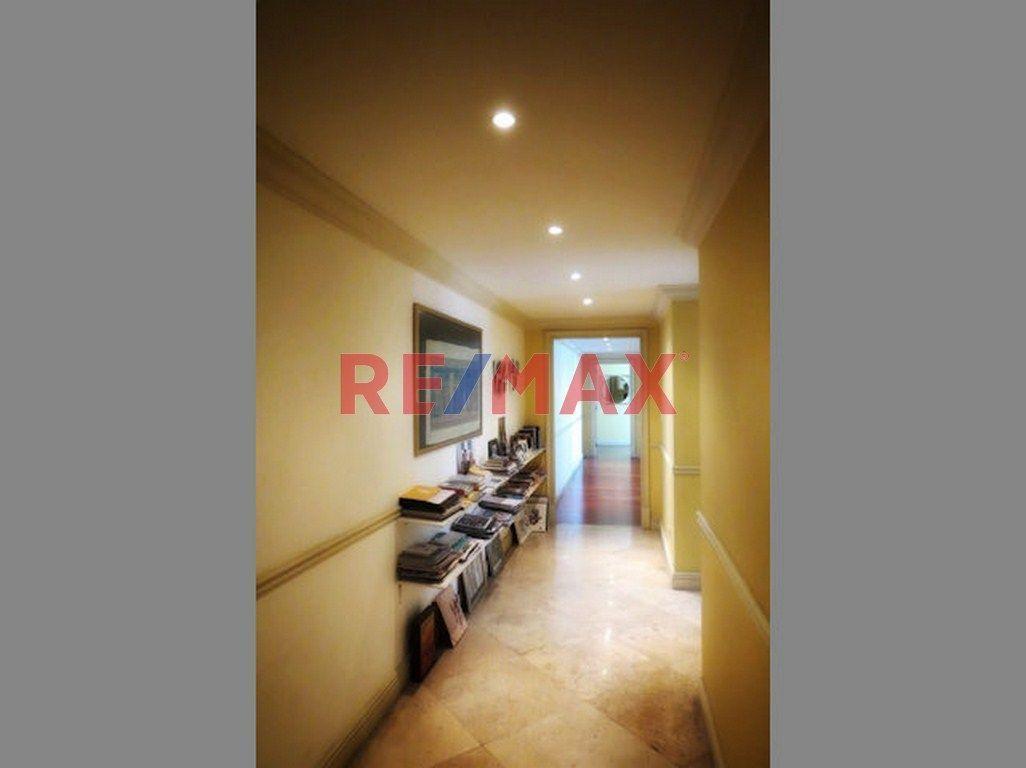 Remax real estate, Guatemala, Zona 14, Z.14 Apto Amueblado. en Alquiler Edif. Villa Risho
