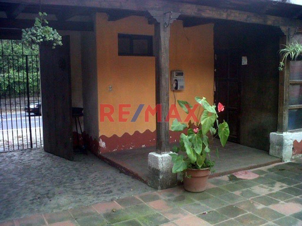 Remax real estate, Guatemala, La Antigua Guatemala, Vendo Hotel, entrada de Antigua Guatemala