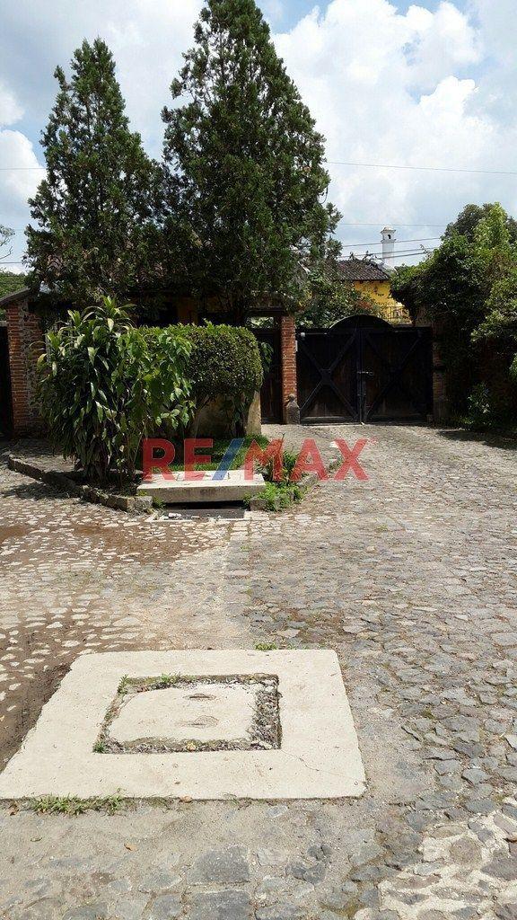 Remax real estate, Guatemala, San Antonio Aguas Calientes, Precioso terreno en Condominio Privado, Camino a Ciudad Vieja. Venta.