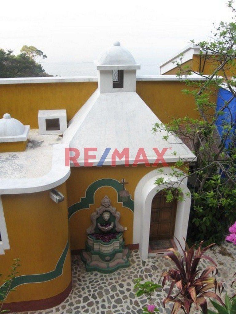 Remax real estate, Guatemala, Santiago Atitlan, VILLA EN CONDOMINIO EN LAGO ATITLAN SANTA CATARINA PALOPO, VISTA A 4 VOLCANES