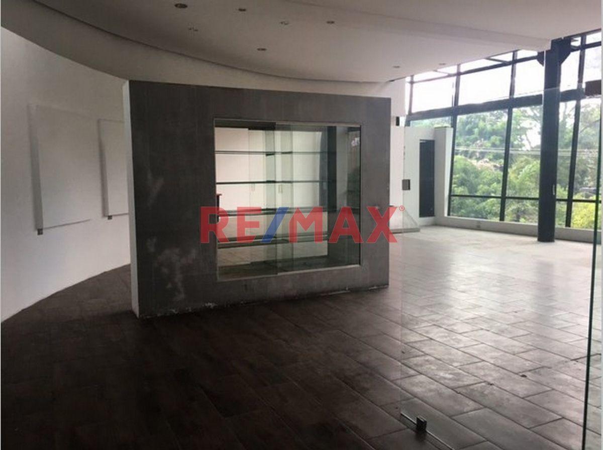 Remax real estate, Guatemala, Zona 10, VENDO LOCALES EN EDIFICIO DESIGN CENTER