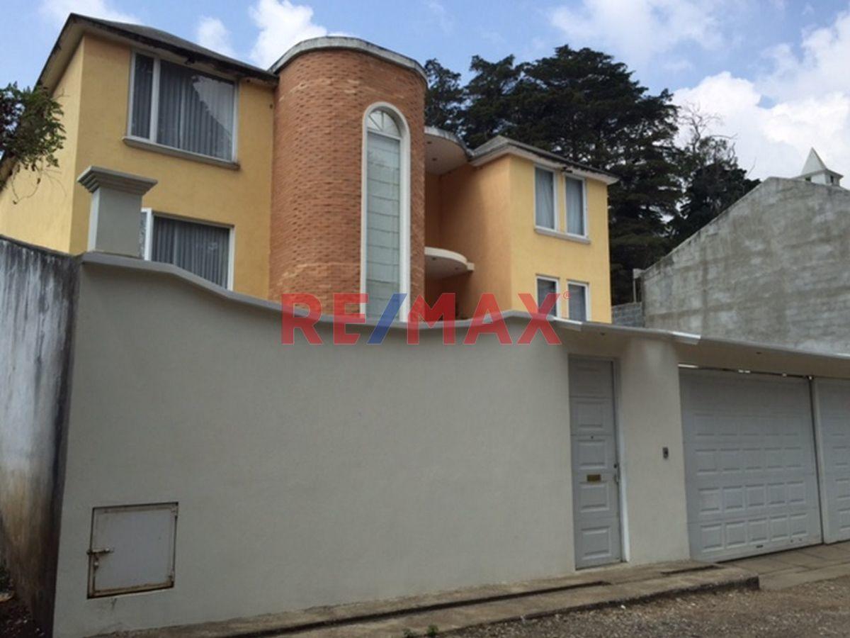 Remax real estate, Guatemala, Mixco, Linda Casa en El Encinal,
