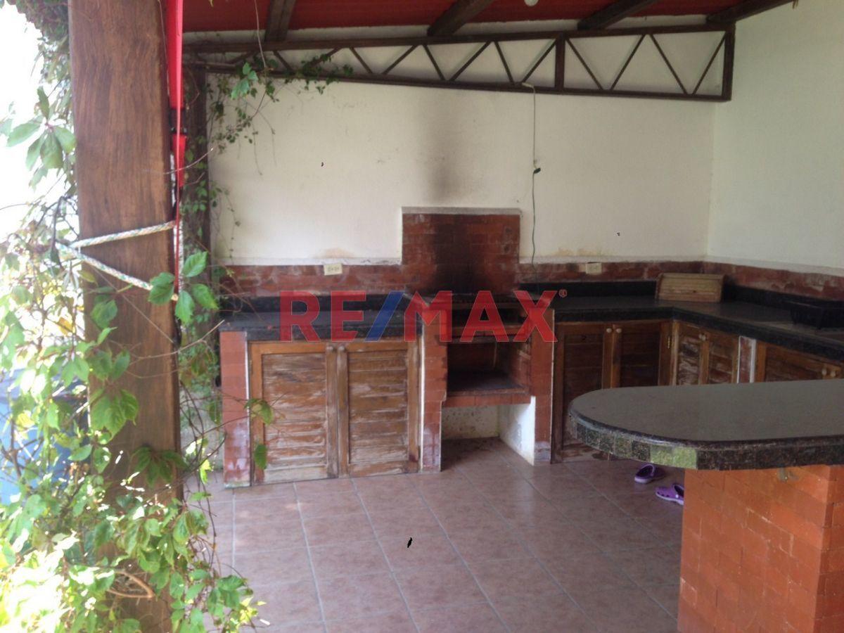 Remax real estate, Guatemala, Fraijanes, VENDO CASA EN VILA VERDE 1. EXCELENTE PRECIO.