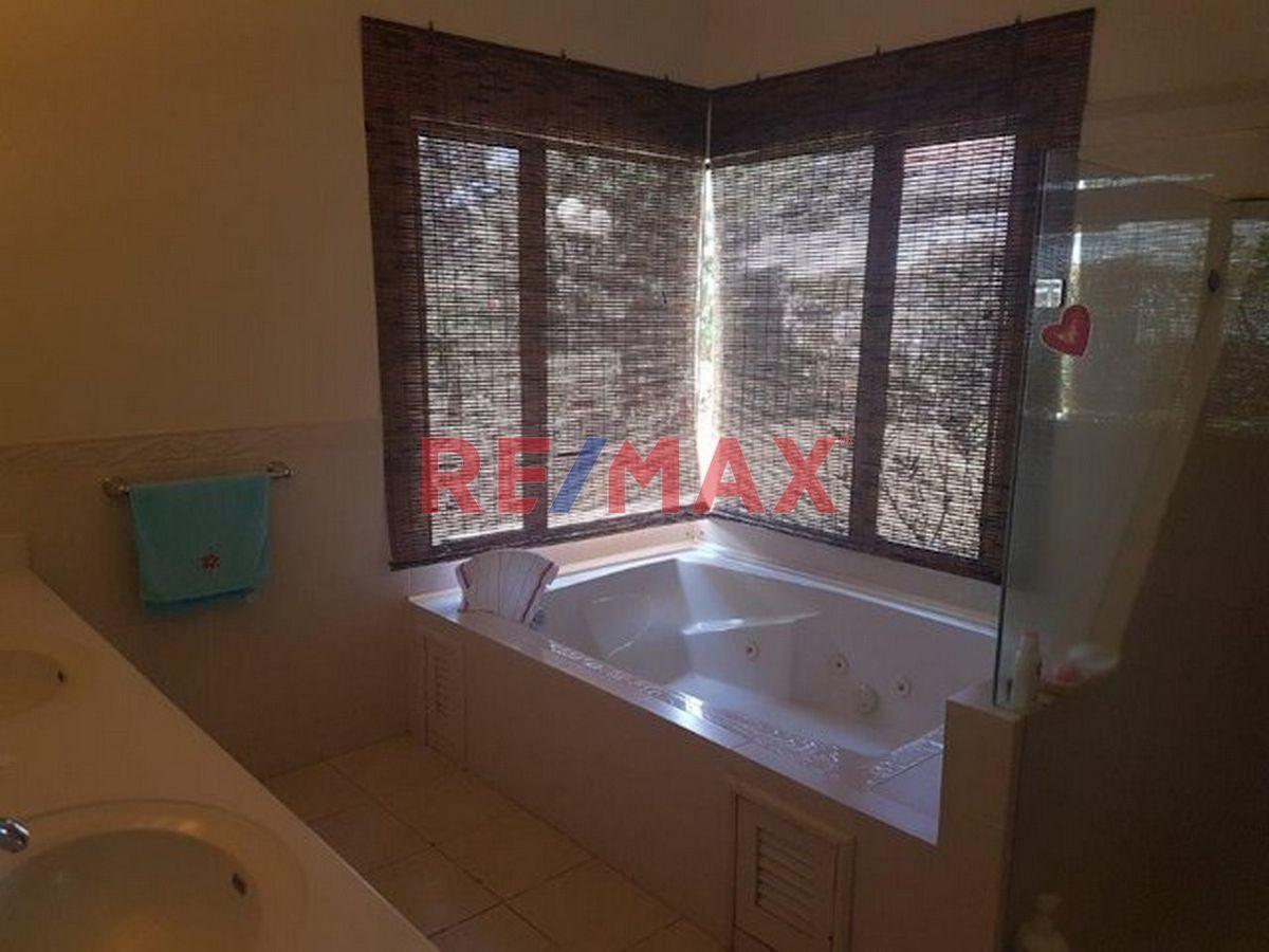 Remax real estate, Guatemala, Road to El Salvador, Casa en Venta, Cond. Casa y Campo