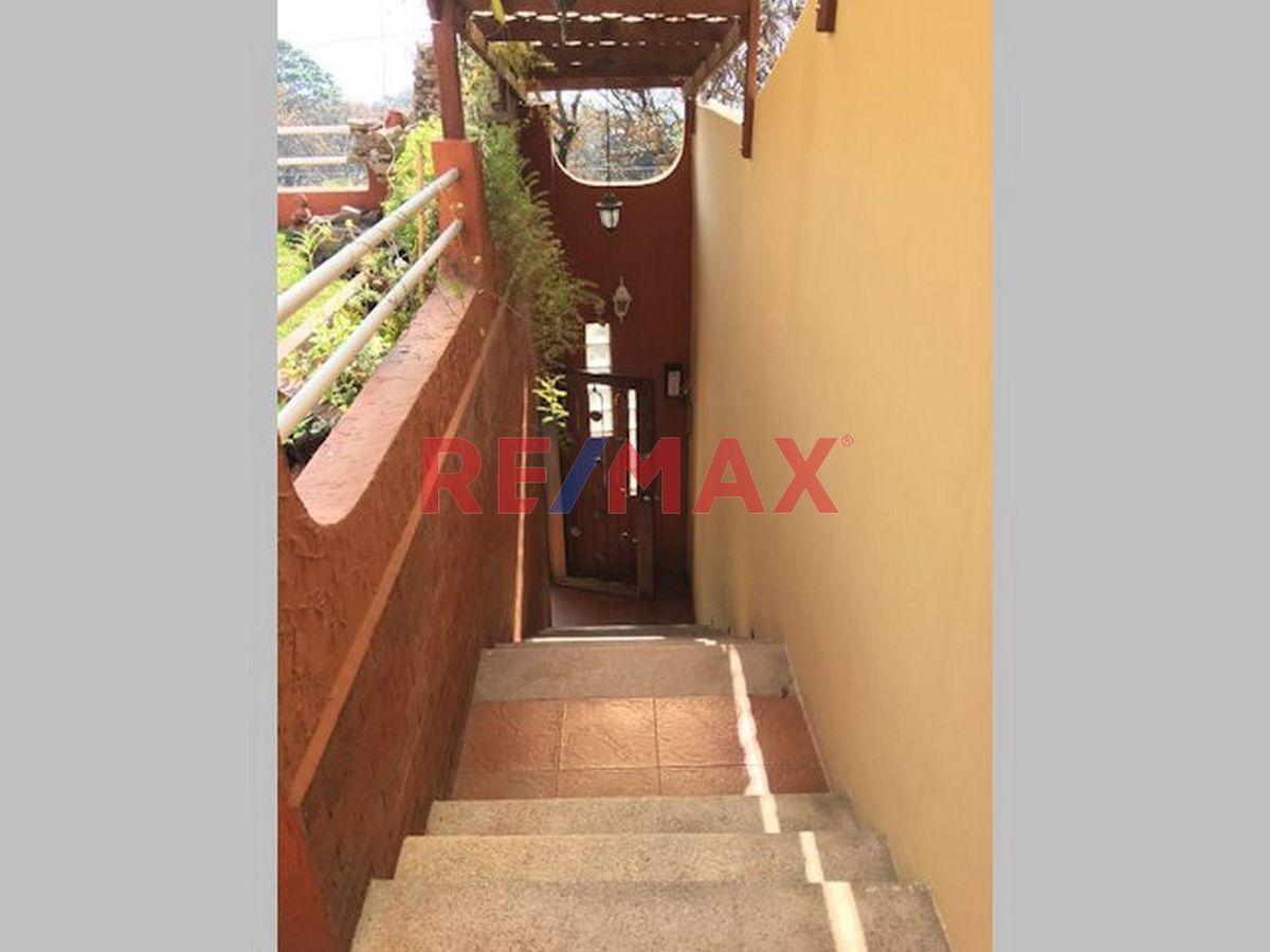 Remax real estate, Guatemala, Mixco, CASA EN AMBIENTES NATURAL, ATRÁS DE CABAÑA SUIZA CAMINO A SAN LUCAS