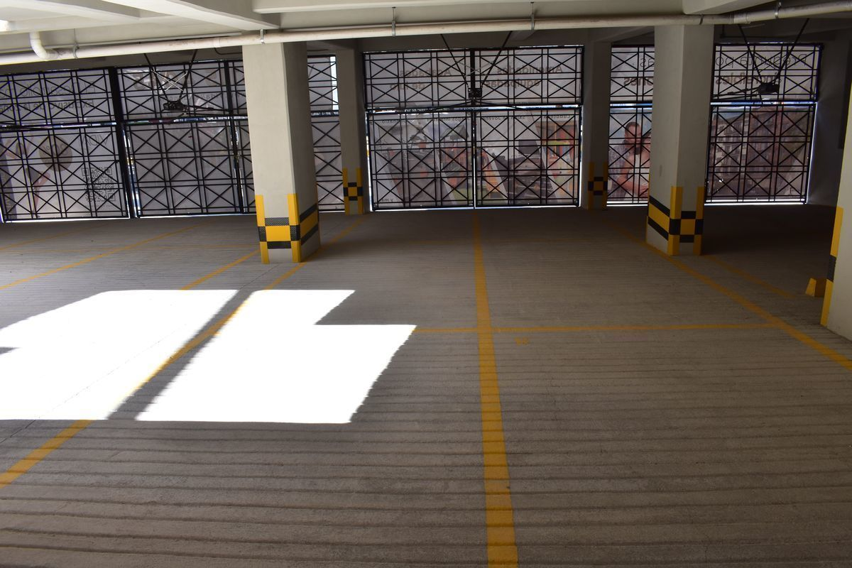 12 de 12: Estacionamientos