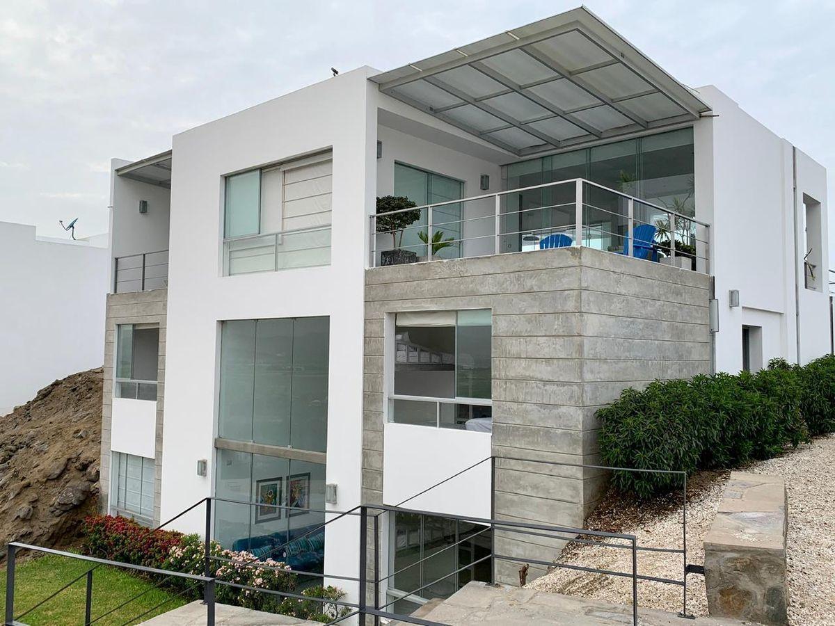 3 de 29: Casa moderna y cómoda.