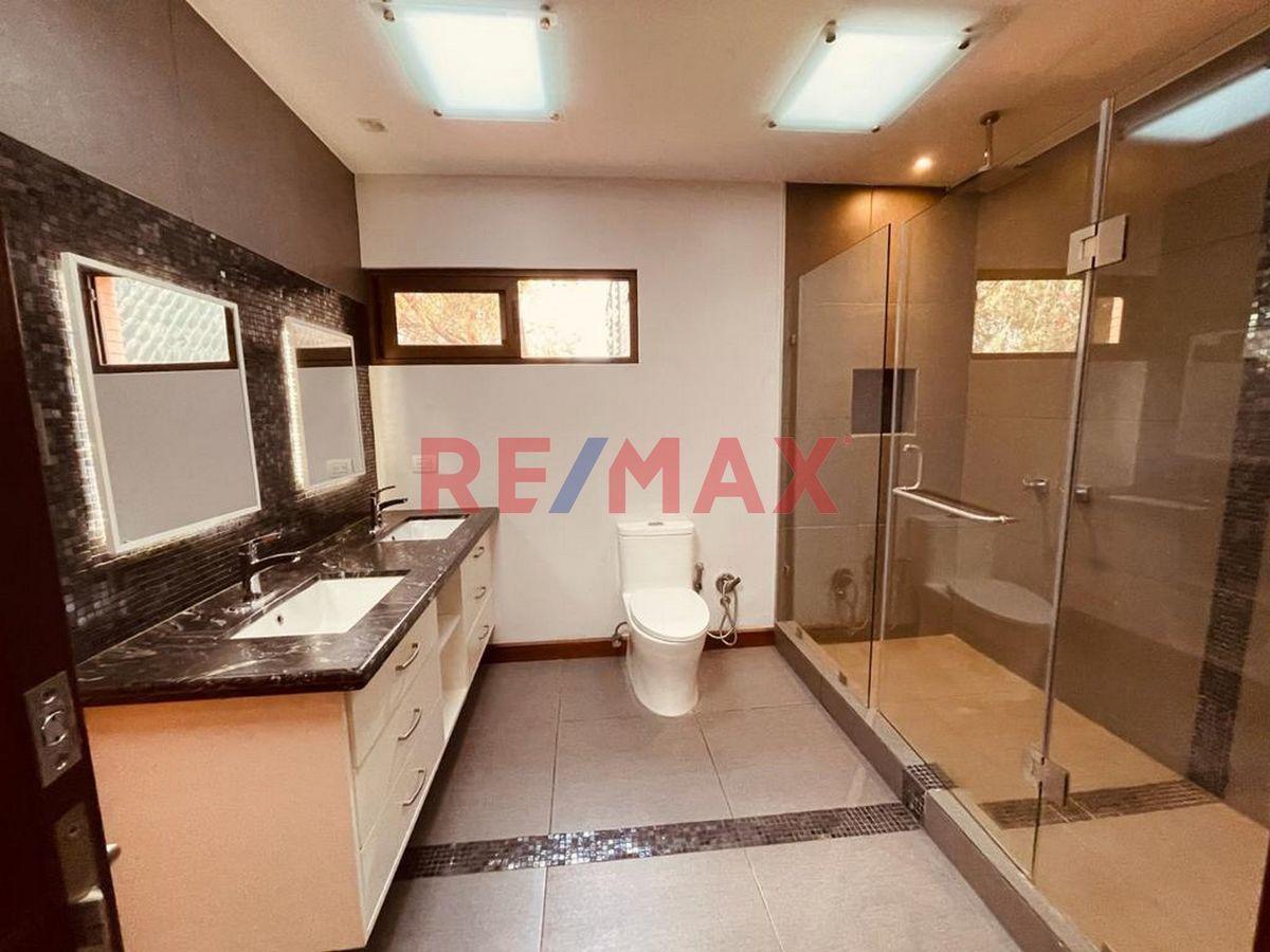 Remax real estate, Guatemala, Zona 15, Zona 15. Casa en Vista Hermosa II