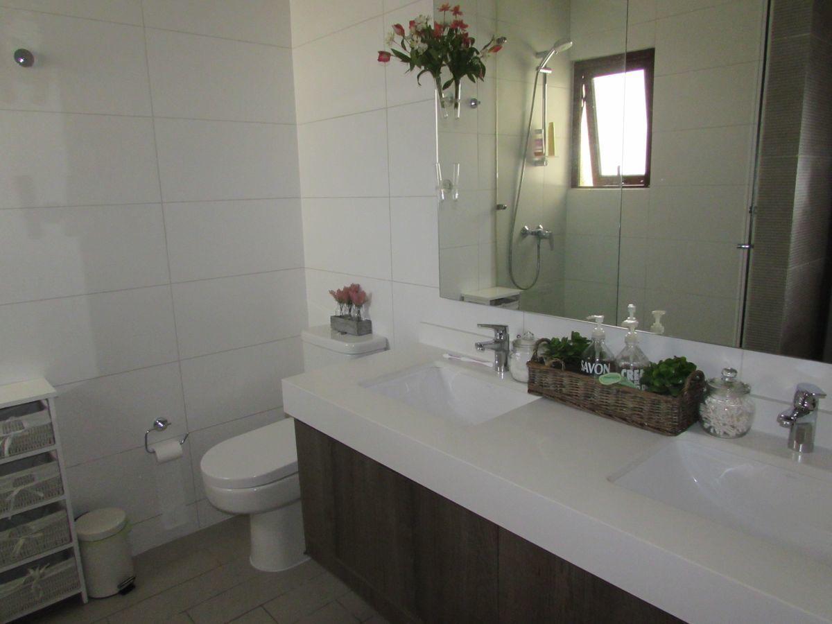 14 de 21: Baño dormitorio principal