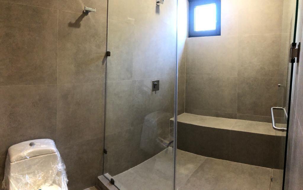 36 de 39: Baño de la recámara 3
