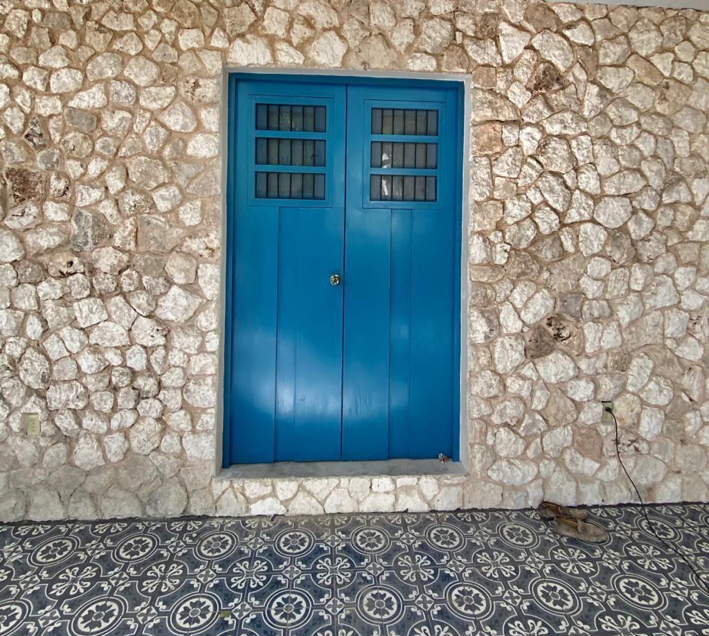 5 de 36: Detalle de puerta Edificio 2
