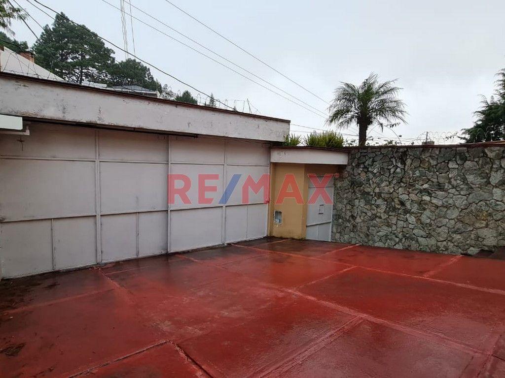 Remax real estate, Guatemala, Zona 16, Z.16 Casa Grande en Colonia La Montaña