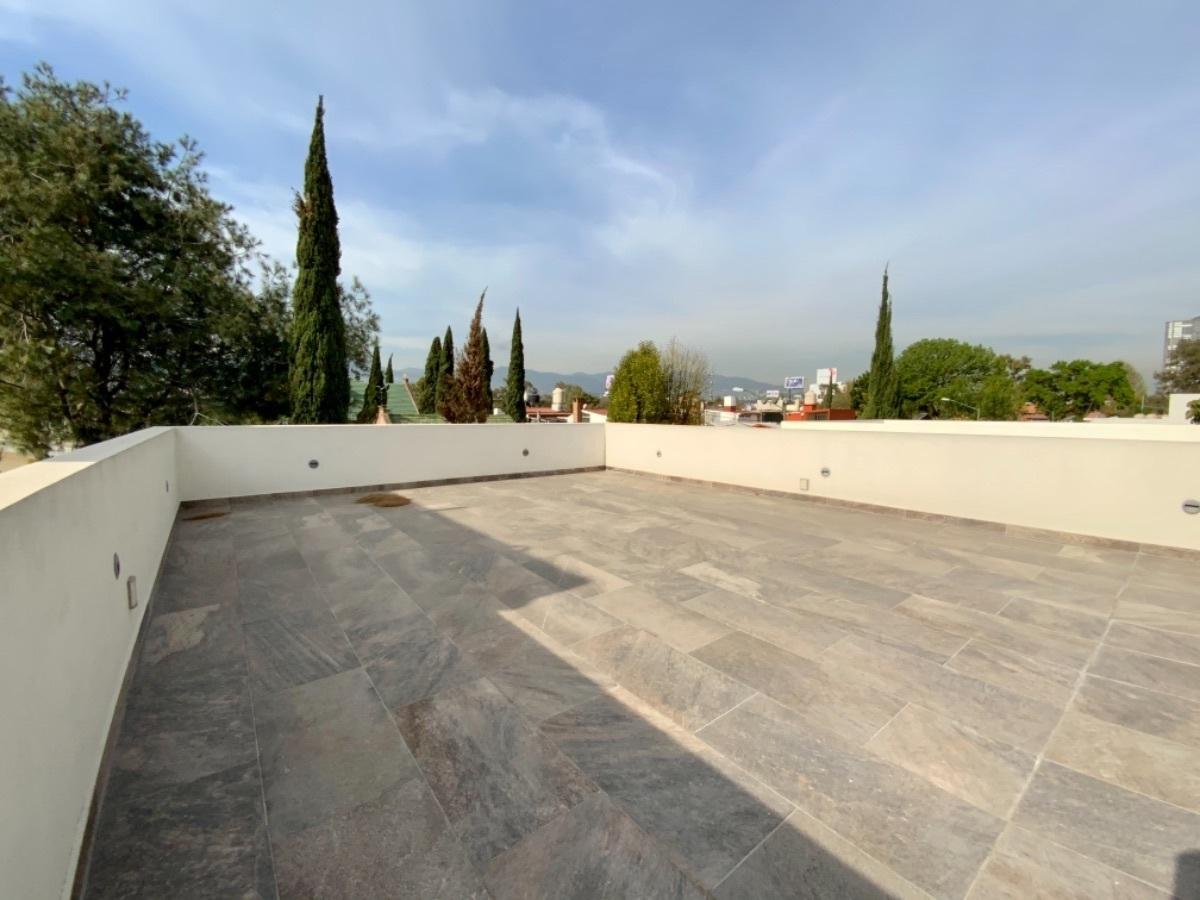 14 de 17: Roof Garden de 121.59 m2
