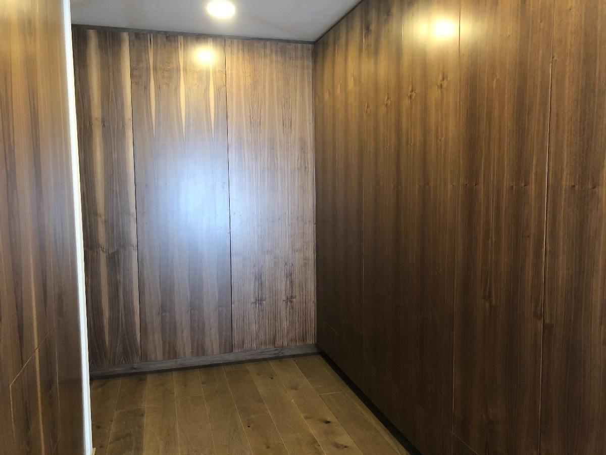 13 de 15: closet