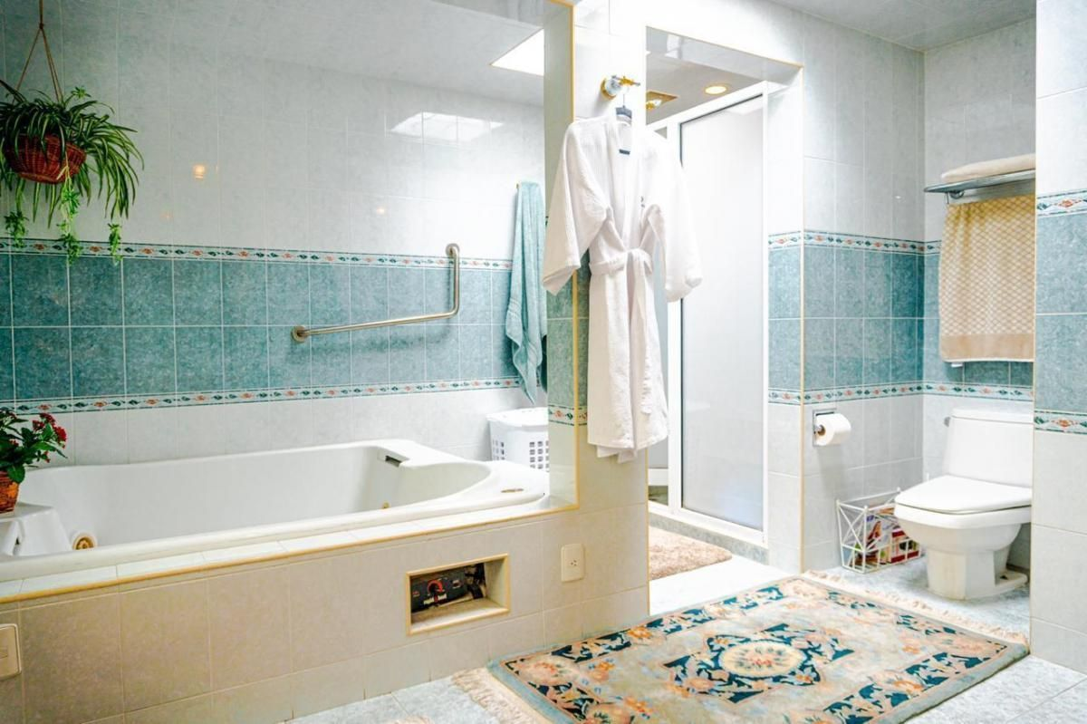 12 de 17: Baño principal