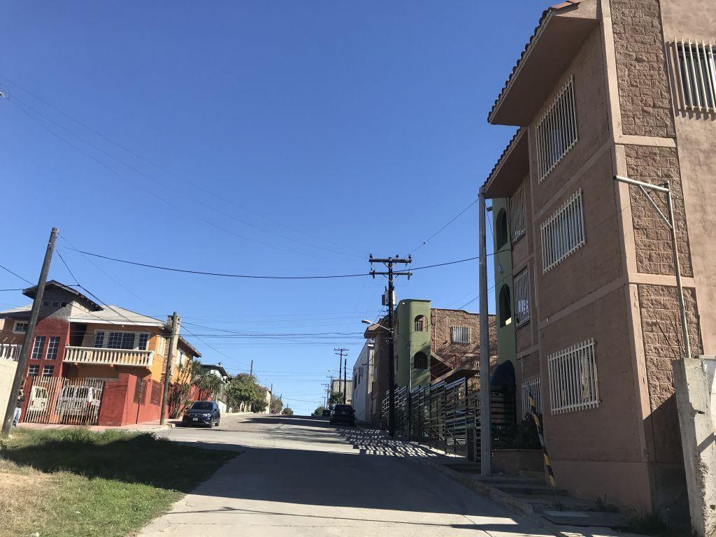 5 de 10: Calle de acceso