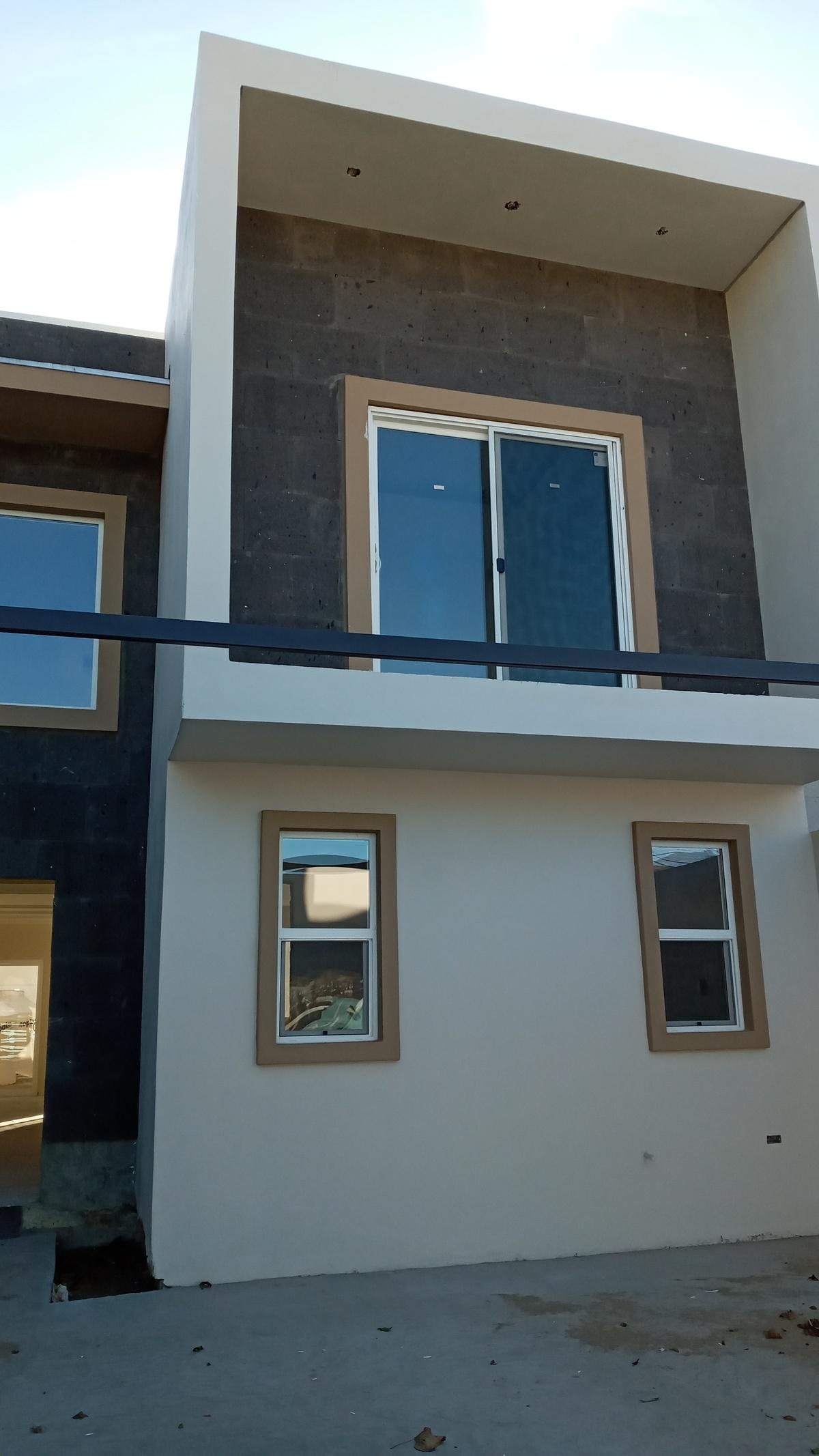 1 de 1: fachada