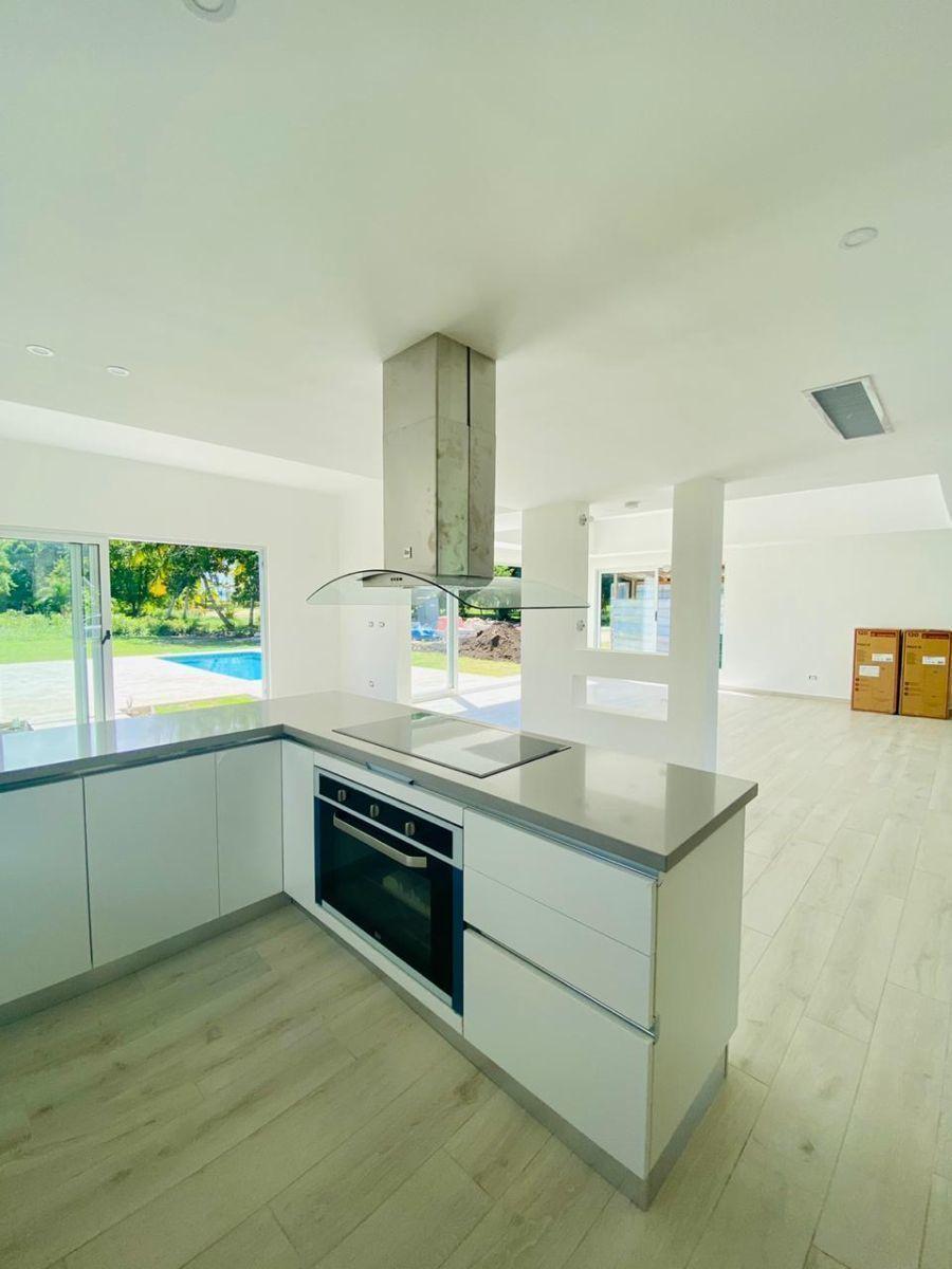 7 de 50: villa en venta cocotal  3 dormitorios moderna nueva (1)