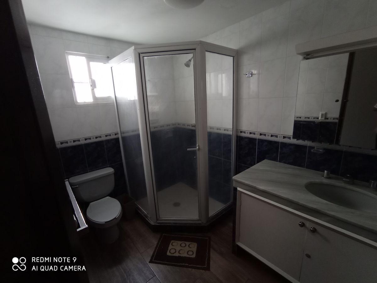 18 de 23: Baño Recámara principal