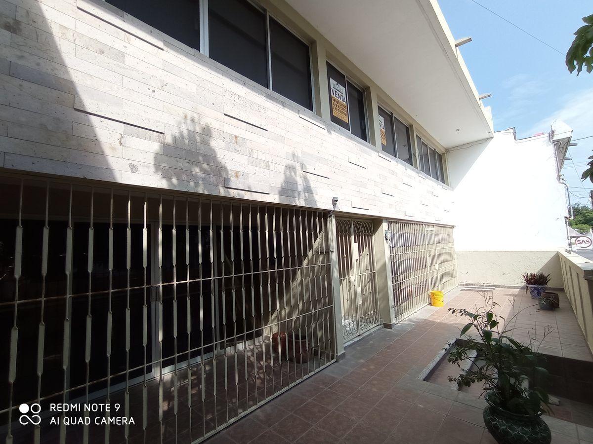 22 de 23: Acceso por calle Mendoza