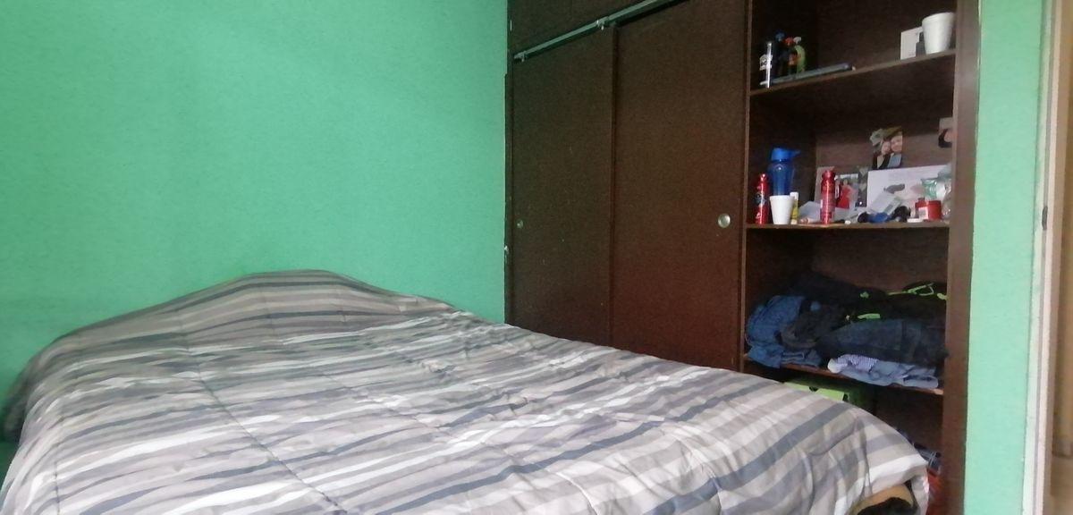 8 de 14: dormitorio 2 con closet