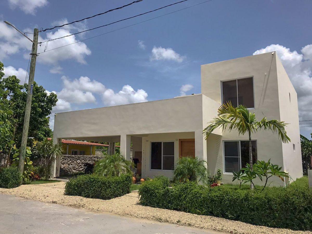 1 de 50: villa 3 dormitorios a ala venta punta cana