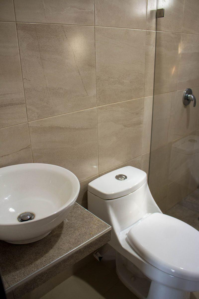 7 de 7: Baños con acabados de calidad