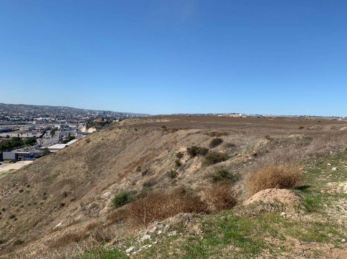 8 de 20: Vista de colindancia de terreno