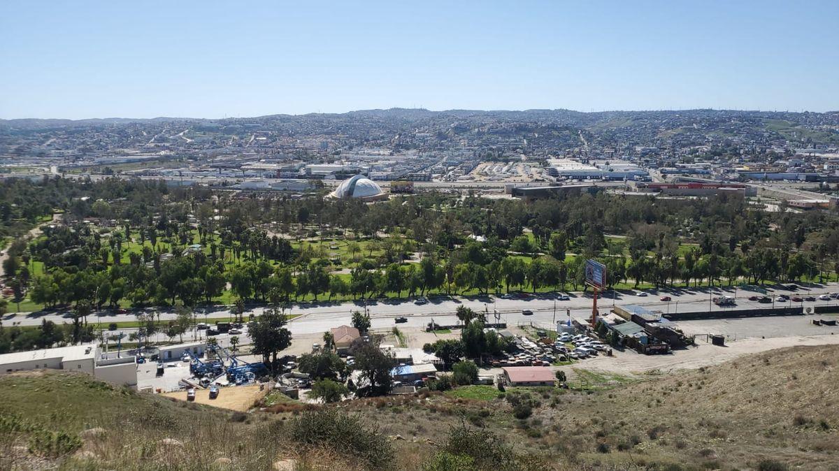 19 de 20: Vista a la Mesa, Insurgentes y parque Morelos