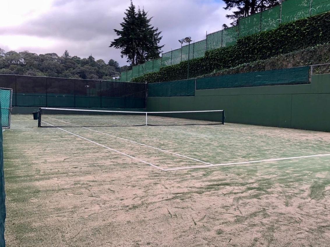 32 de 37: Canchas de tennis
