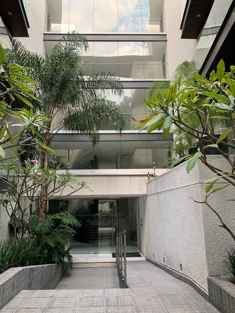 1 de 18: Fachada edificio