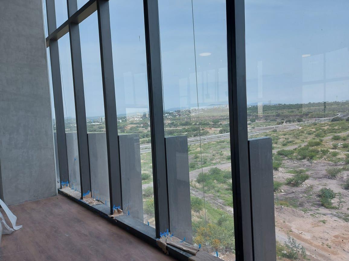 10 de 21: Vistas de oficinas altas