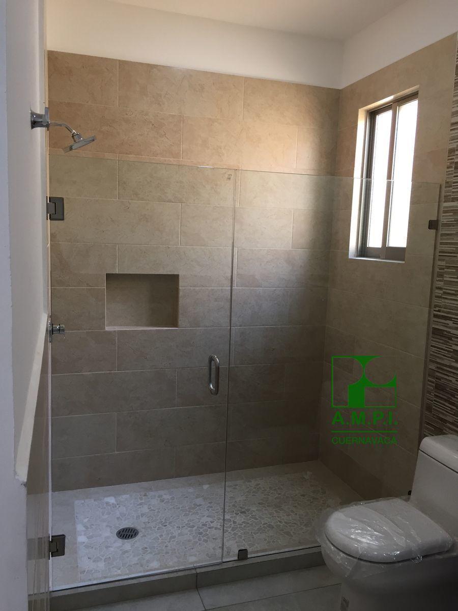 9 de 36: Habitaciones amplias con baño completo y vestidor, acabados