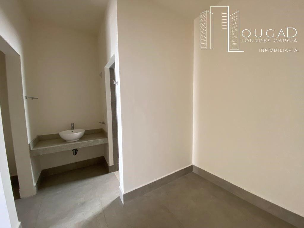 17 de 19: Baño- vestidor