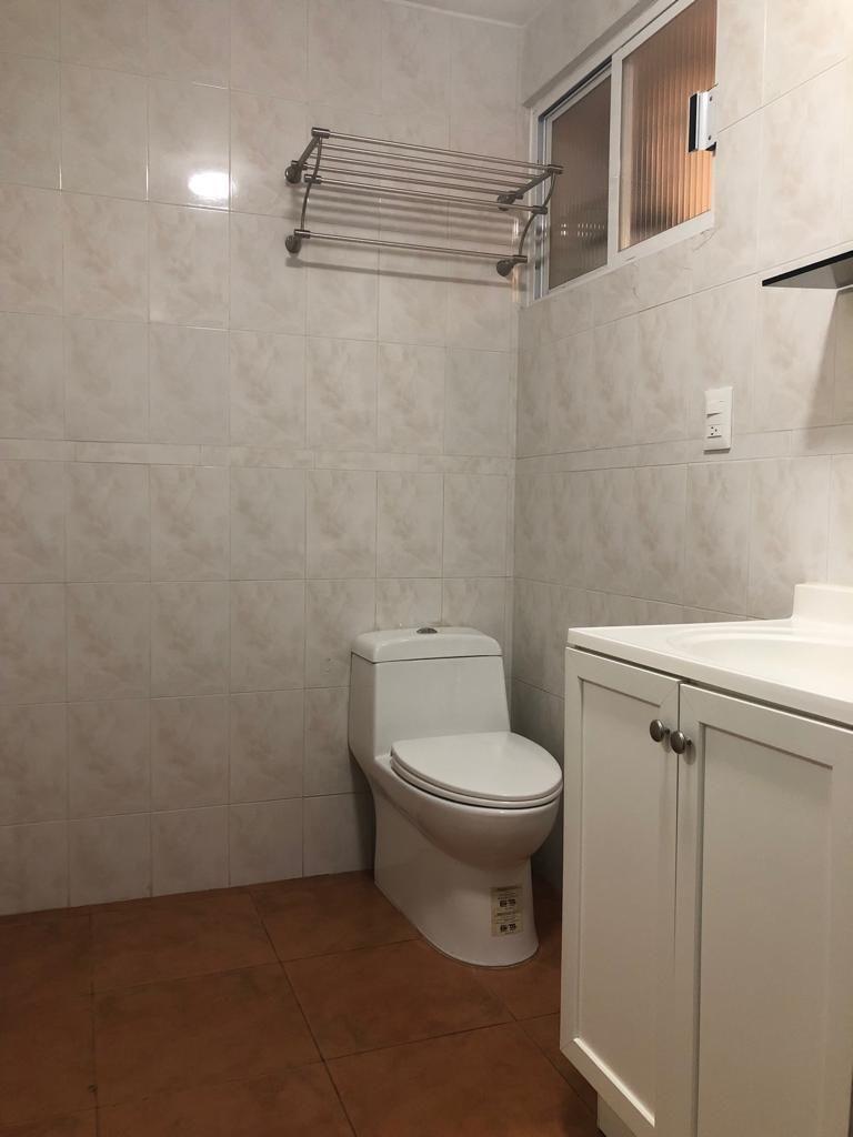 6 de 31: Baño privado