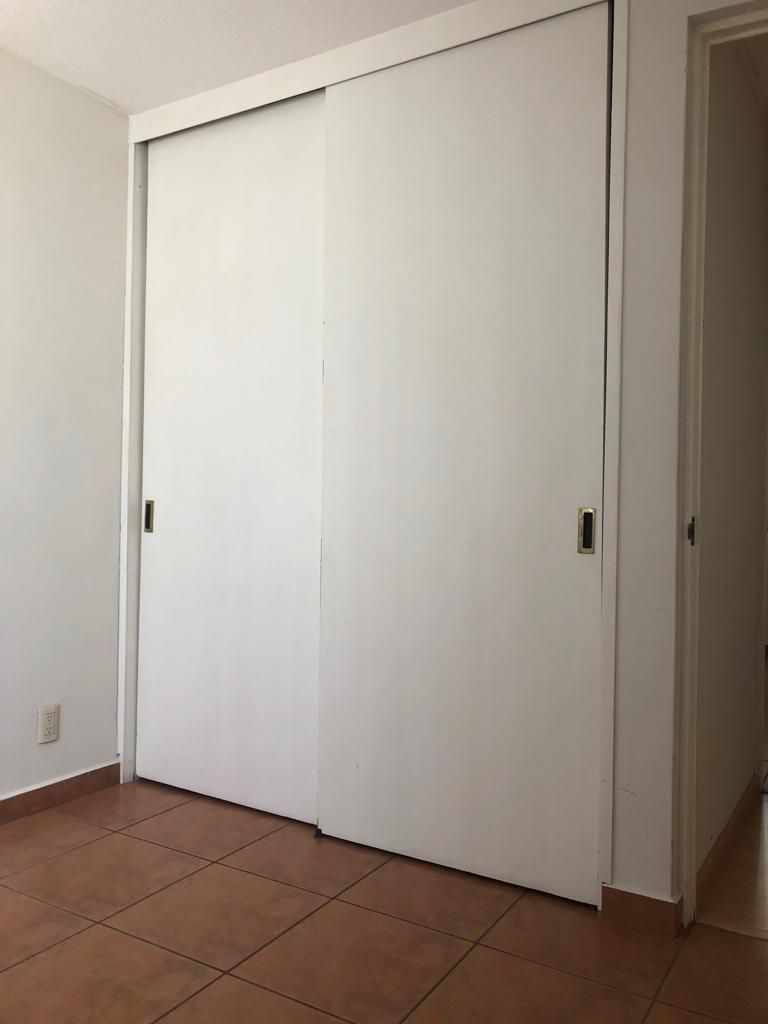 10 de 31: Closet 1