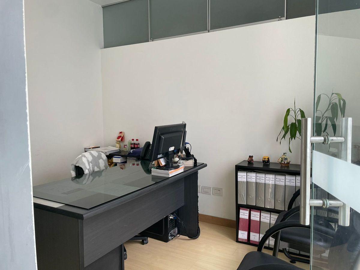 16 de 25: Oficina.