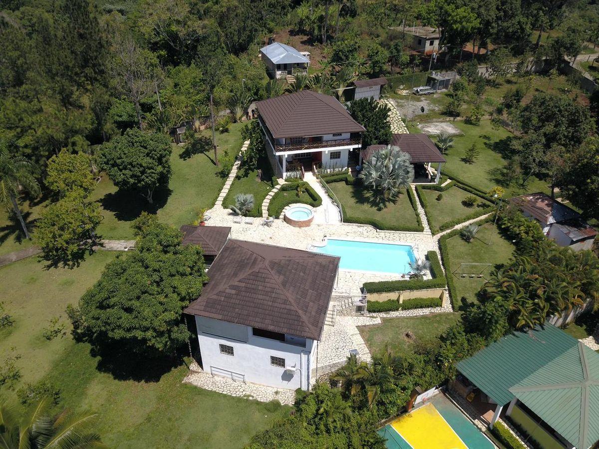 2 de 12: vista aérea de la propiedad