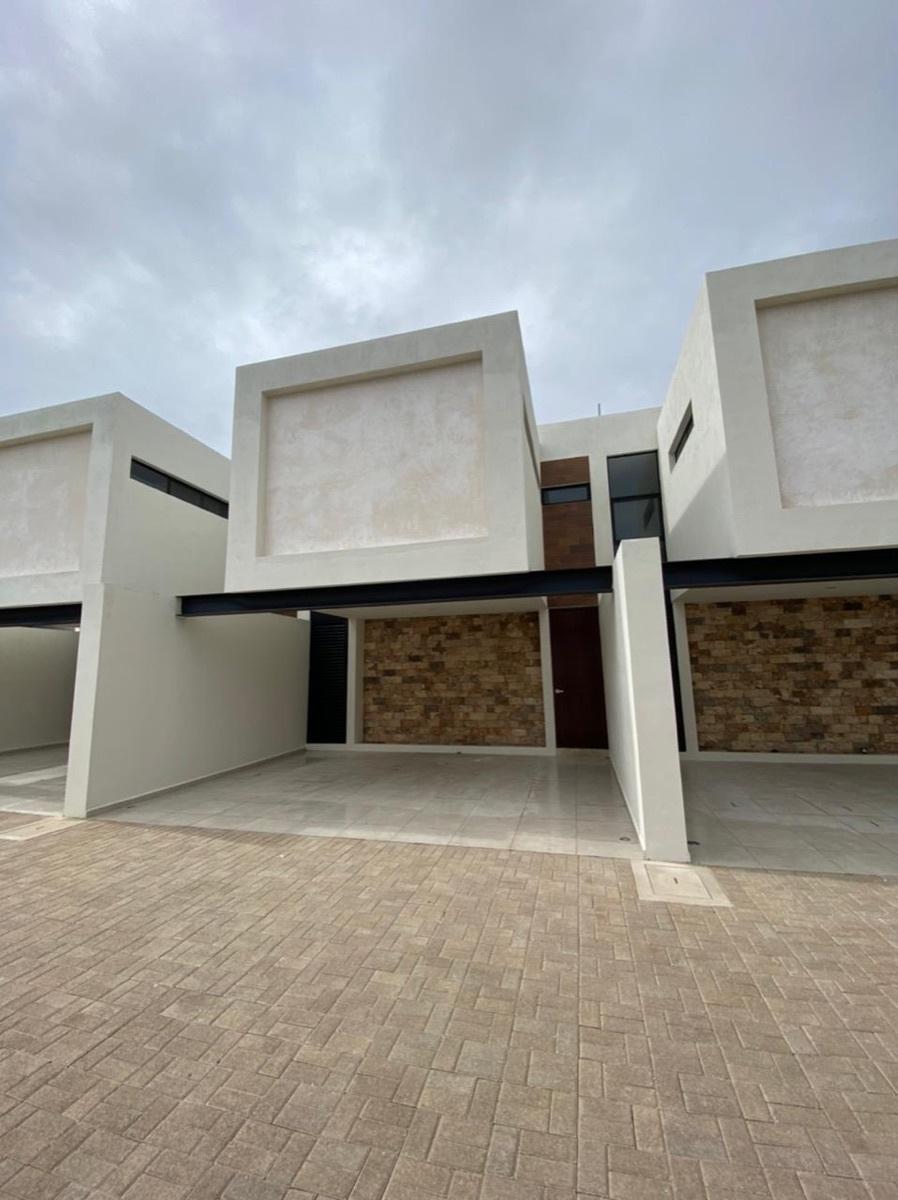 1 de 13: Casa en venta nueva en Merida Yucatan, Chichen Realty