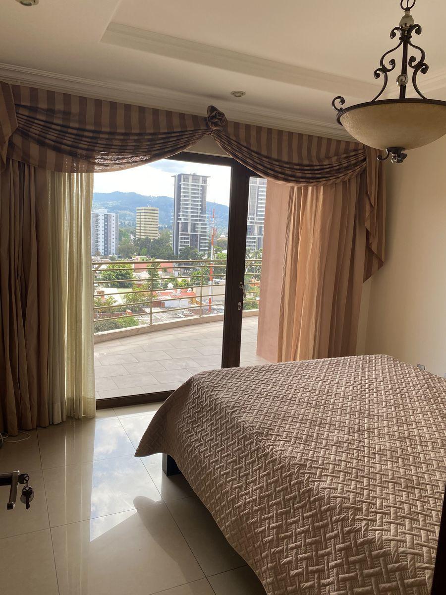 6 de 16: Dormitorio
