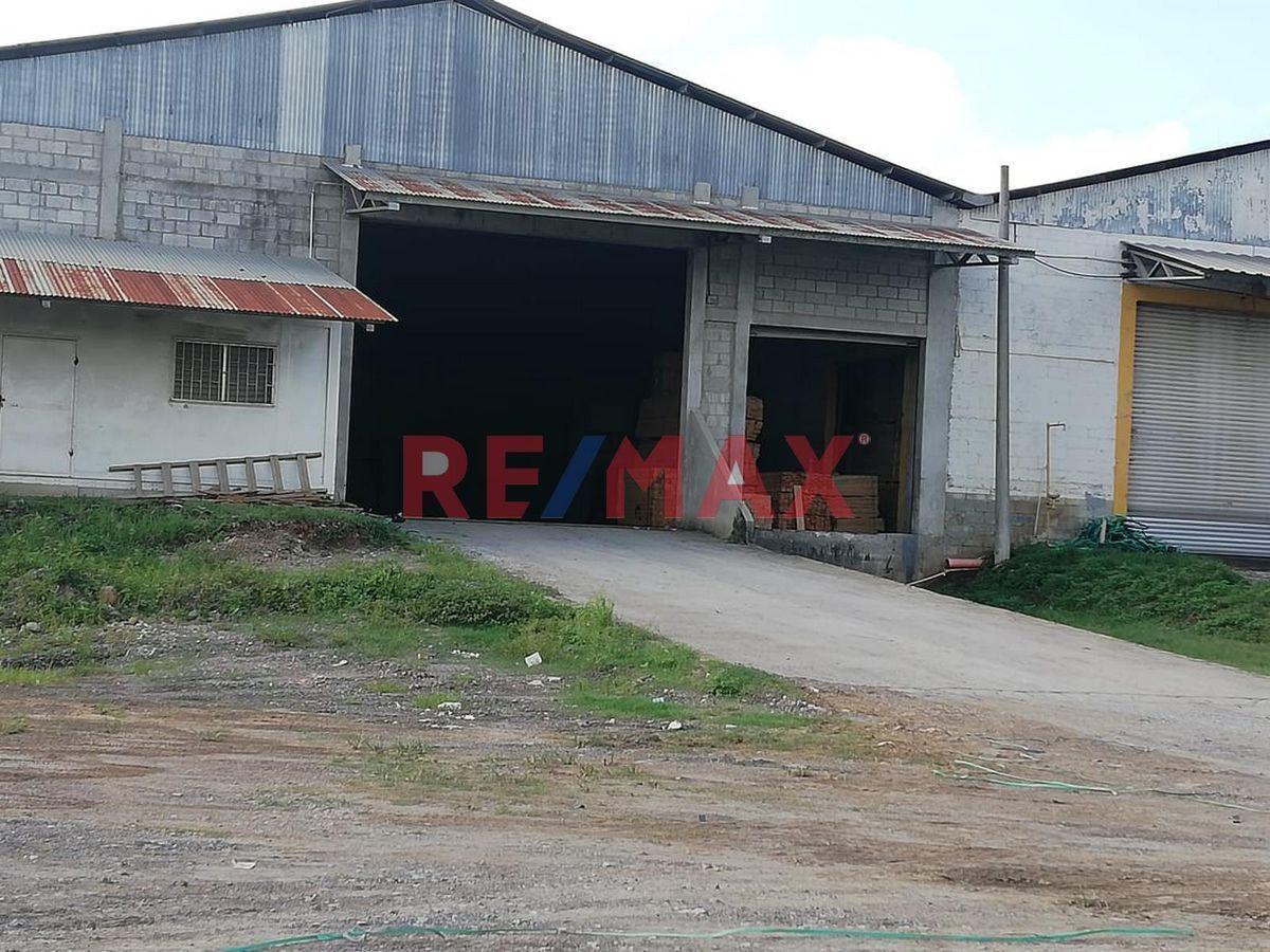 Remax real estate, Guatemala, Puerto Barrios, Bodega en Km. 296 Carretera al Atlántico, Puerto Barrios Izabal