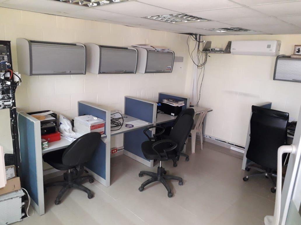8 de 9: Oficina