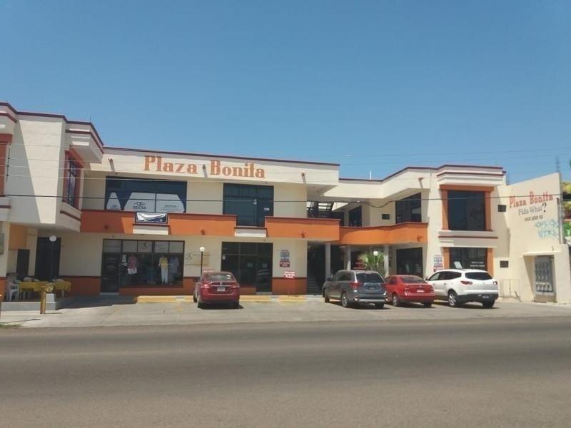 2 de 2: plaza