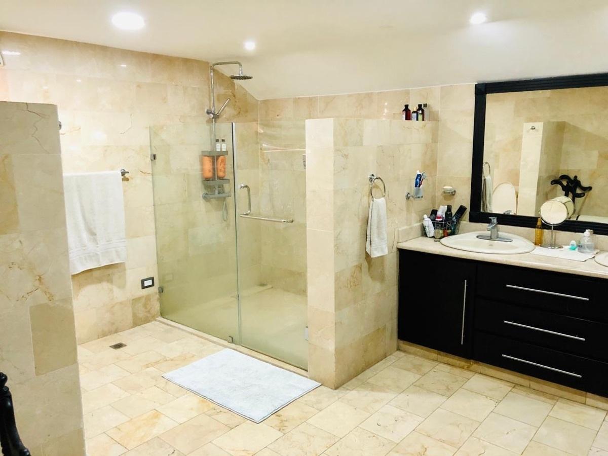 20 de 26: Baño Principal
