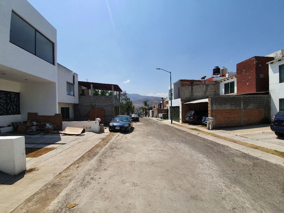 14 de 15: Vista 2 calle
