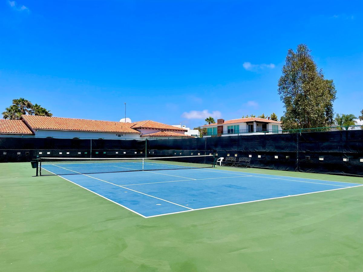 36 de 43: Cancha de tenis